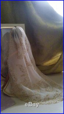 17 Limited Edition Tangled RAPUNZEL doll wedding Disney Store princess