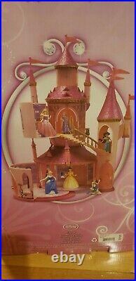 Cinderella disney princess castle play set 6 play areas New 6 princess dolls