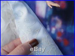 Disney Enchanted Fairy Tale Wedding Amy Adams Giselle Doll in Box 2007