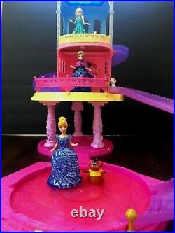 Disney Glitter Glider Castle Play Set Magic Clip Dolls Princesses and Pets