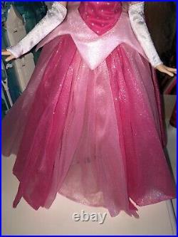 Disney Parks Diamond Castle Limited Edition Princess Aurora Doll With Box