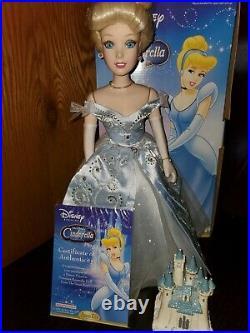 Disney Princess Set of 3 Musical Castle Porcelain Dolls Cinderella, Belle, Aurora