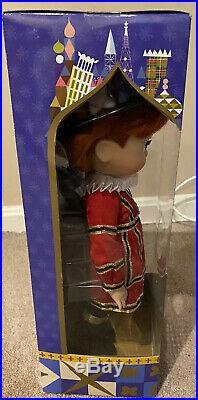 Disney Store Animator It's A Small World ENGLAND Singing Doll RARE BNIB Seal