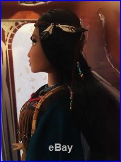 Disney Store Princess Pocahontas Limited Edition 17 Doll