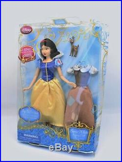 Disney Store Princess Snow White Singing Doll 2013 Mint Doll in Damaged Box