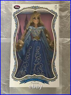 Disney Store Sleeping Beauty 17 Princess Aurora Blue Dress Doll Box Damage READ