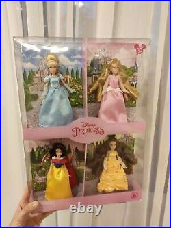 Disney store Princess Cinderella Belle Snow White Aurora 4x Mini Doll Set NEW