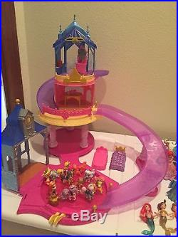 Lot Of Disney Magiclip Dolls, Dresses, Accessories, Palace Pets And Castle