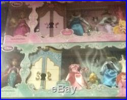 Lot of 4 Disney 6 MINI WARDROBE SETS WithACCESSORIES