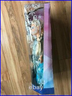 NEW Disney Frozen Princess Elsa the Queen and Princess Anna 20 Tall Dolls 6+