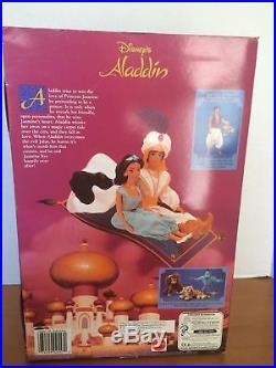 @-barbiedisneyjasminecollectorpuppe/princess/ken/1992/vintagejasmin-ovp